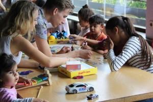 Persönlichkeitsentwicklung_Besuch im Flüchtlingsheim